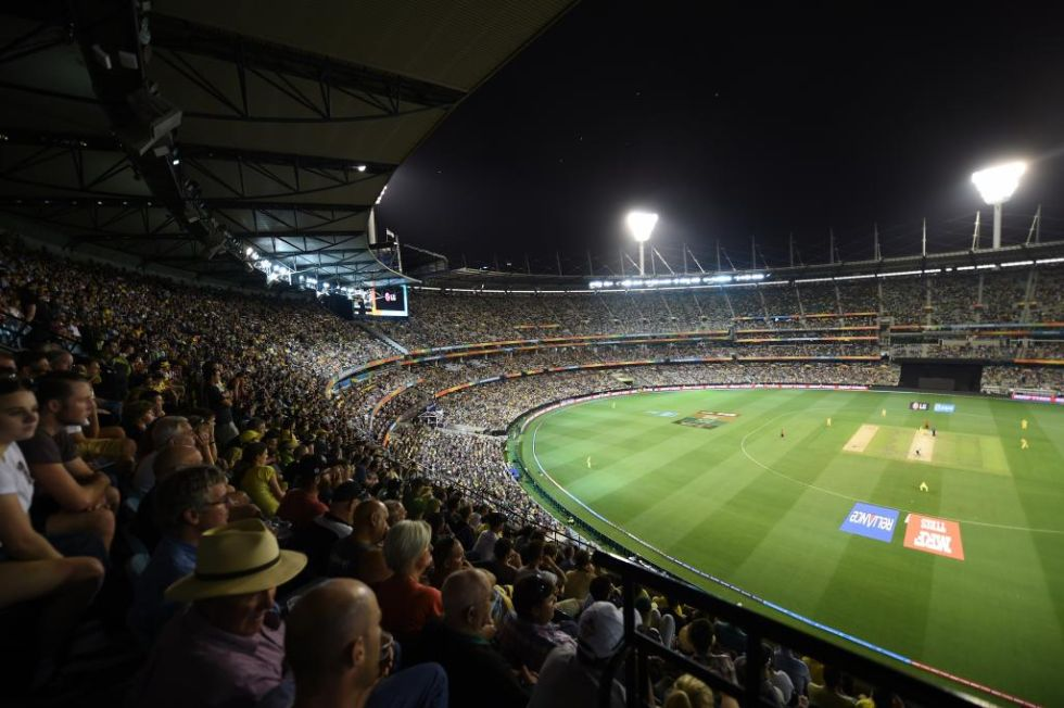 <strong>4. Melbourne Cricket Ground: </strong> Es un estadio multiusos en el que principalmente se practica críquet, fútbol y fútbol australiano. Tiene capacidad para 100.024 espectadores.
