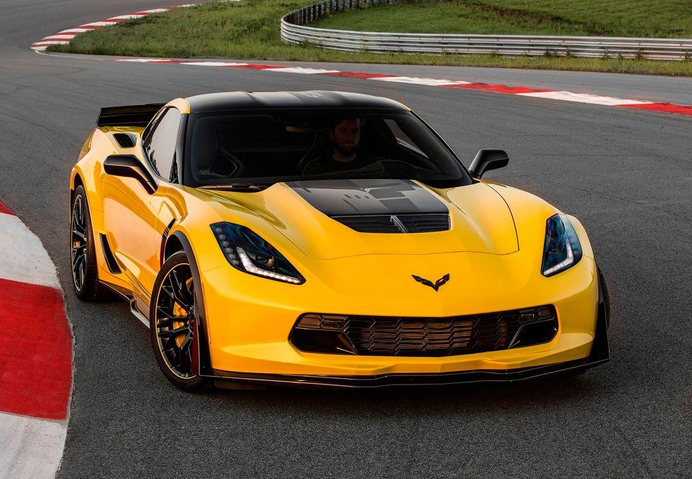 El C7.R Edition es una serie limitada de 500 unidades basadas en el Z06, el Corvette de calle más potente.