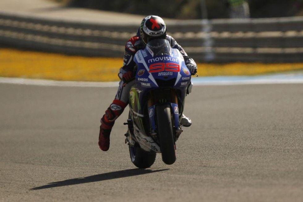Lorenzo, haciendo pr�cticas de salida en Jerez.