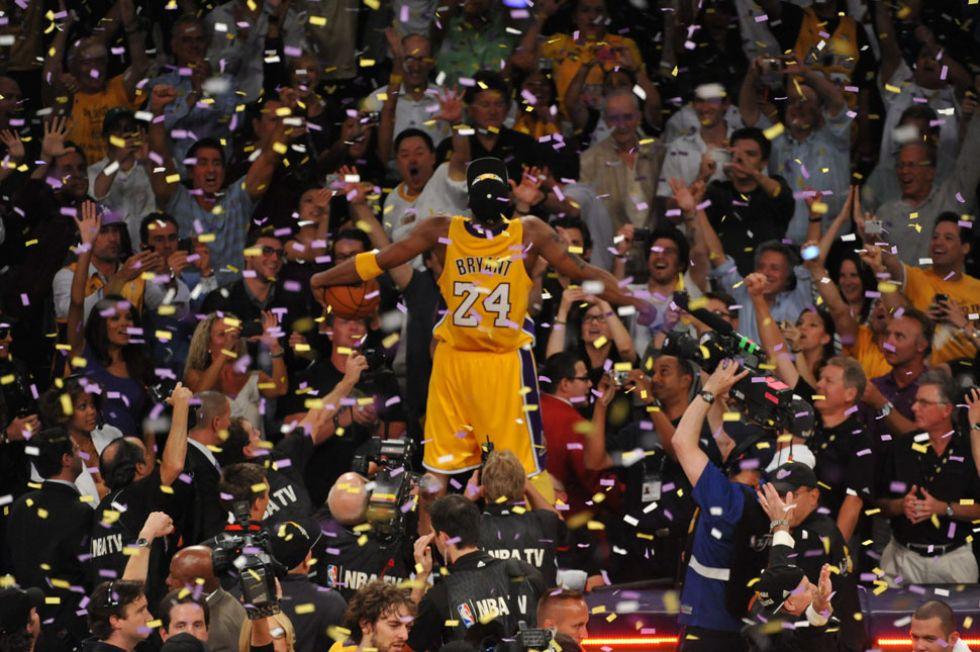 Kobe estalla en el Staples tras batir a Boston en el séptimo partido de las Finales de 2010.