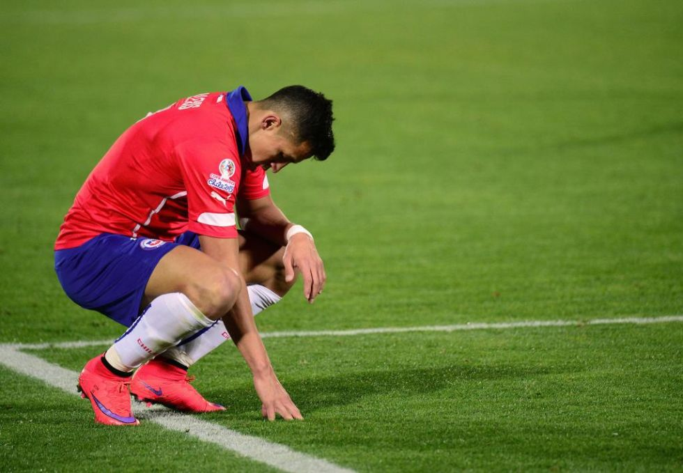 Alexis lamenta una ocasión fallada ante México