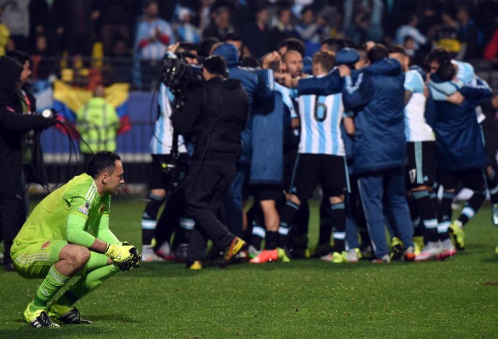 Ospina no pudo evitar finalmente la eliminación de Colombia.