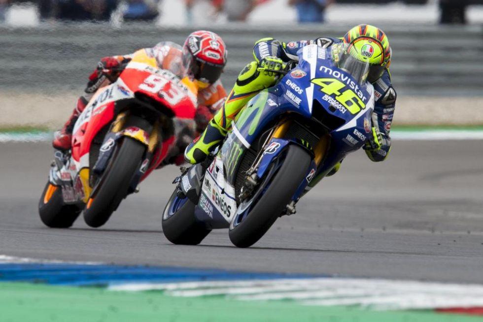 Marc M�rquez y Valentino Rossi en el GP de Holanda.