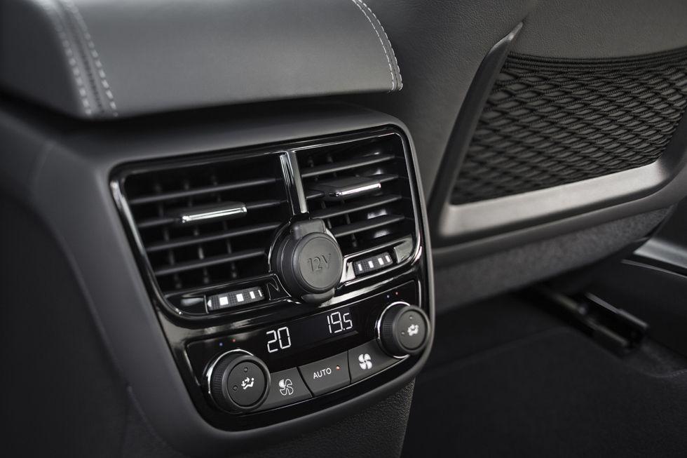 El acabado Allure incluye climatizador con salidas traseras.