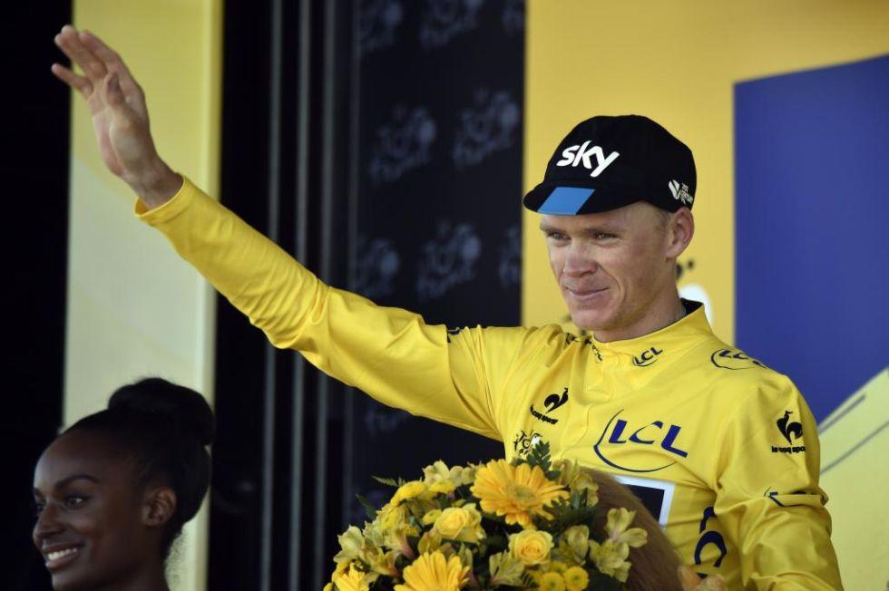 El británico mantiene el maillot amarillo y afronta la fase decisiva de la carrera desde una posición inmejorable.