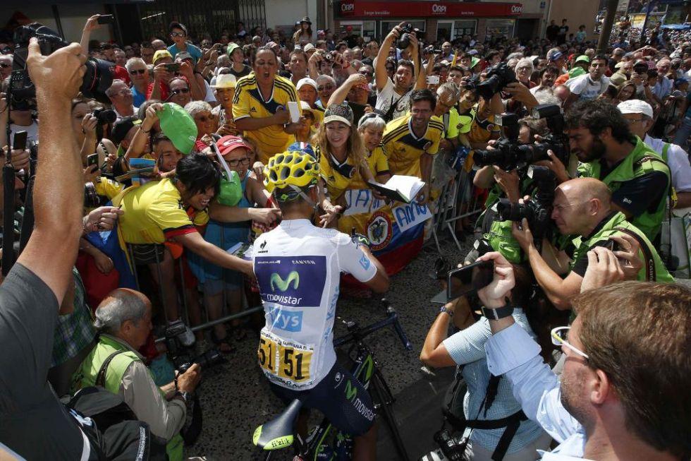 El colombiano es un 'ídolo de masas' en Colombia. Hasta Francia llegan sus fans en búsqueda de un autógrafo.