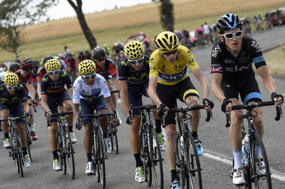 Nairo Quintana y Chris Froome no se separan ni un sólo segundo.