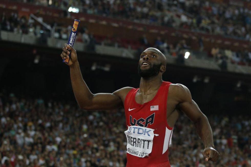 Merrit adelant� al atleta de Trinidad y Tobago y logr� el oro para EEUU en los �ltimos metros.