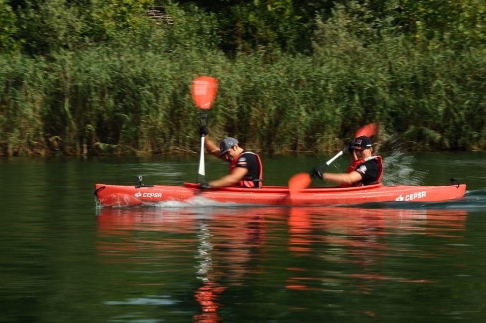 Carlos Sainz y Max Verstappen en el Cepsa Media Day en Sesto Calende, junto al lago Maggiore en el norte de Italia.