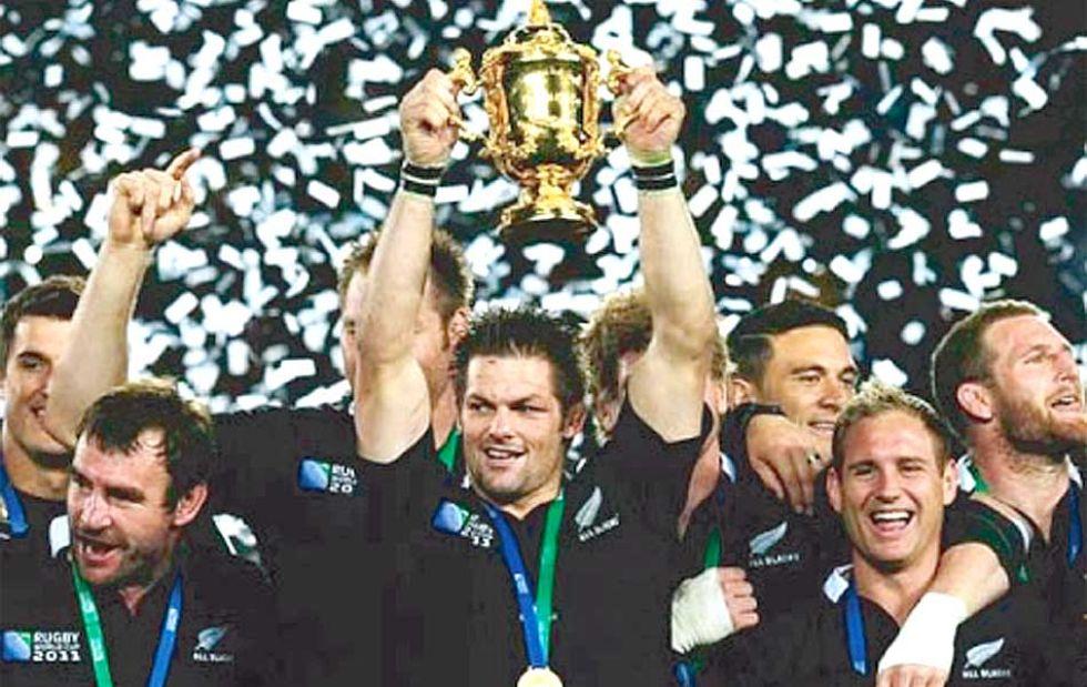 De nuevo ante su propia afición, los 'All Blacks' conquistaban su segunda corona mundial en Nueva Zelanda'2011.