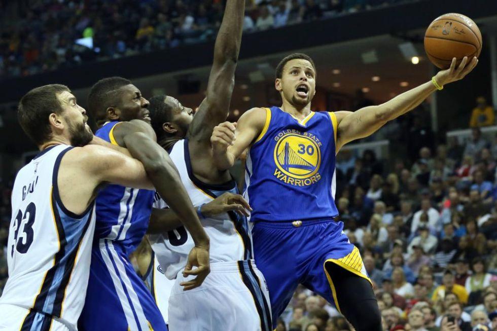 El base de los Warriors es puro espect�culo. Gan� con su equipo la NBA.