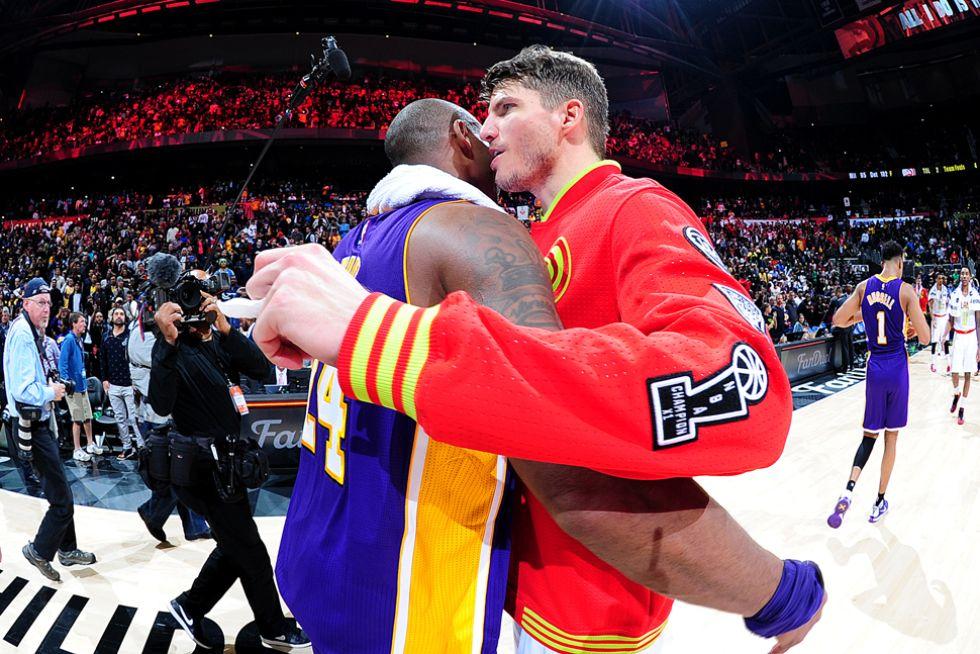 Kobe Bryant y Kyle Korver