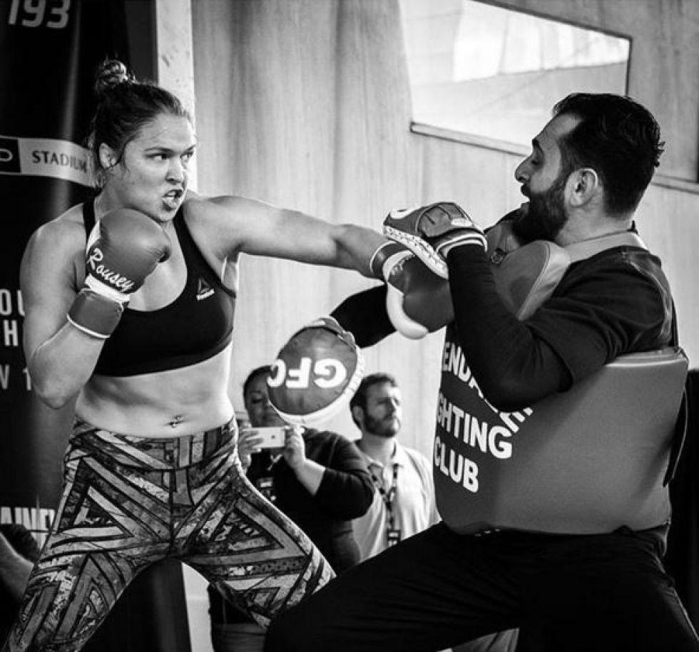 3. Ronda Rousey. Fue la primera campeona de peso gallo femenino de UFC hasta el pasado noviembre, cuando fue derrotada por Holly Holm.