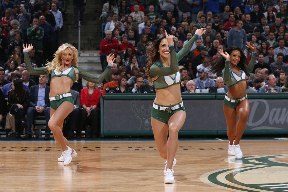 Cheerleaders de los Milwaukee Bucks