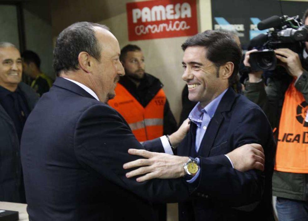 Ben�tez y Marcelino se saludan