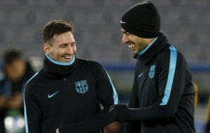 Messi y Suárez, durante un entrenamiento previo a la final.