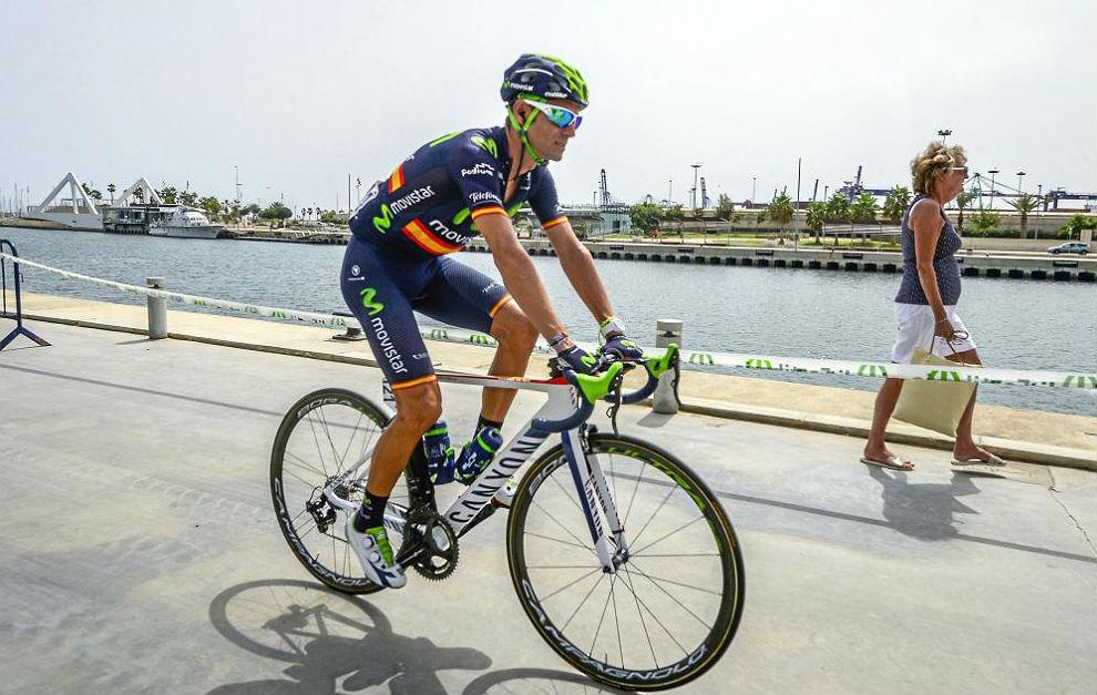 Alejandro Valverde, en una salida de la Vuelta 2015.
