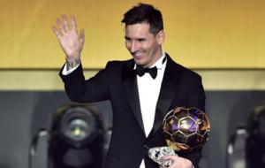 Messi recoge su quinto balón de oro