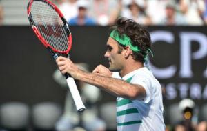 Federer celebra su pase a semifinales