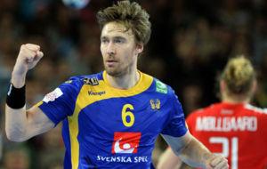 Jonas Kallman celebra un gol ante Dinamarca
