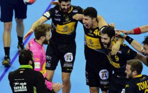 Los jugadores de la selección, celebrando su pase a la final