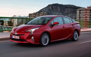 El nuevo Prius ya est� a la venta en Espa�a desde 29.900 euros.