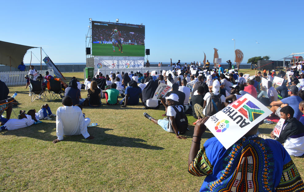 Los habitantes de Ciudad del Cabo disfrutaron del derbi.