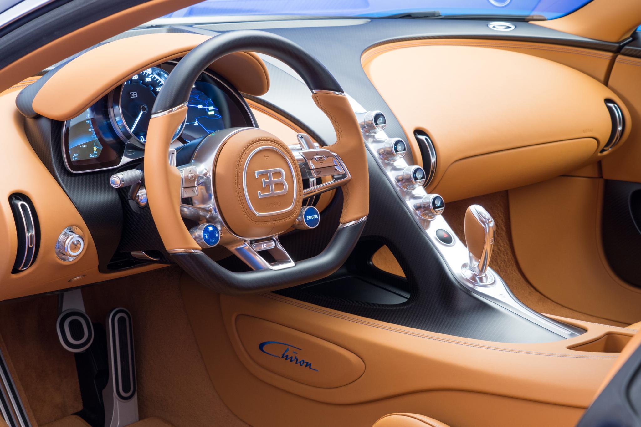 El interior está construido con el máximo lujo y tecnología.