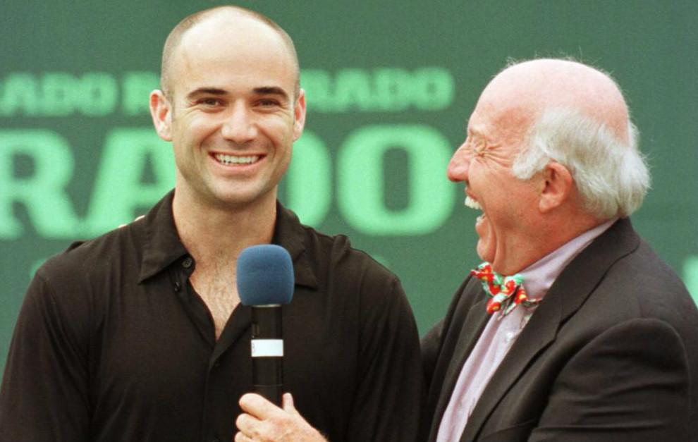 Bud Collins entrevista a André Agassi. Miami. Año 2000.