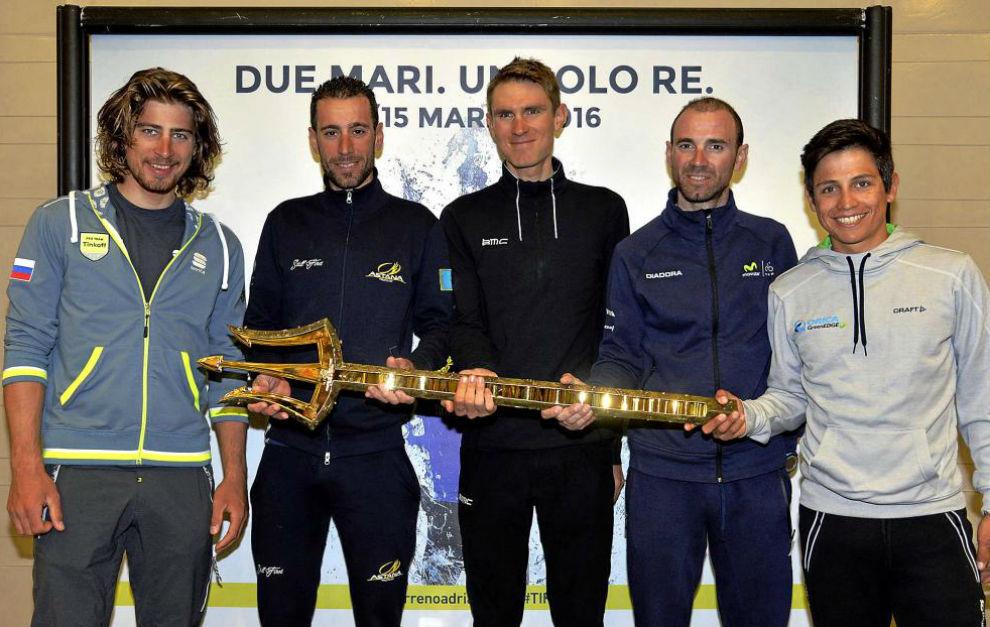 Sagan, Nibali, Van Garderen, Valverde y Chaves, en la presentación de...
