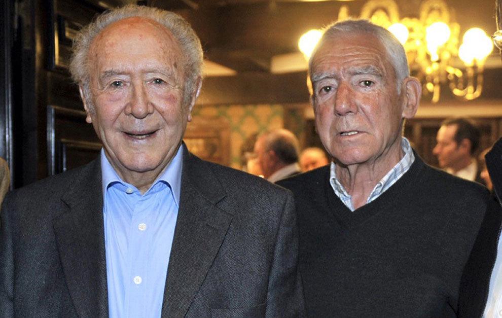 De izquierda a derecha, Iriondo y Artetxe, ex jugadores del Athletic