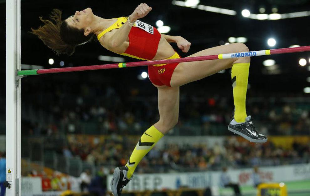 Ruth Beitia (36), en uno de sus saltos en la final de altura del...