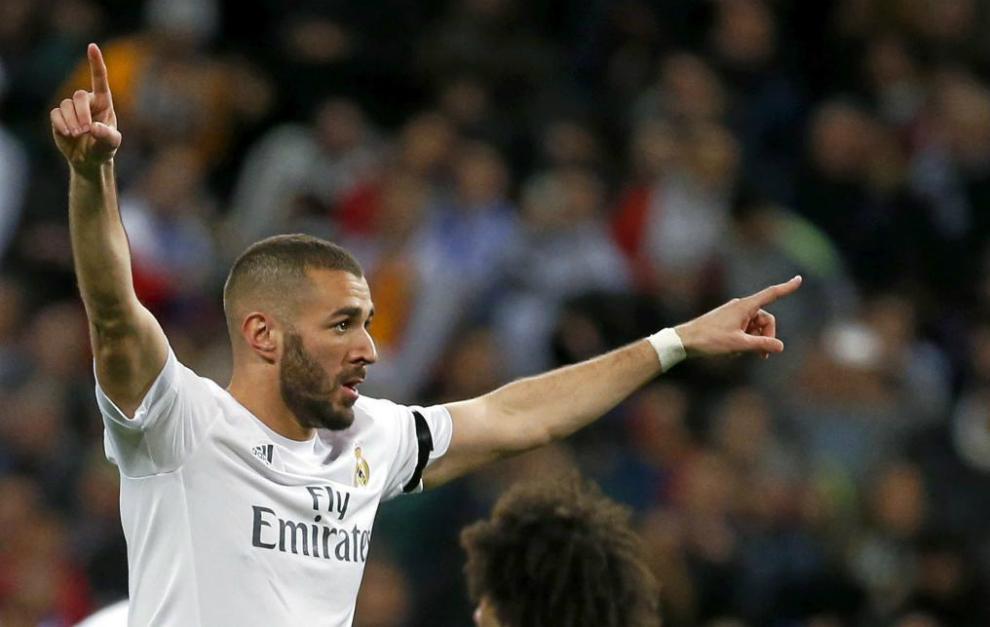 4e7c2a3d677 Benzema celebra su gol ante el Sevilla.