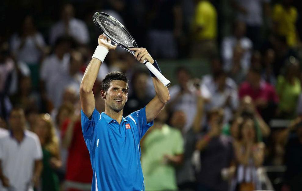 Novak Djokovic celebra su victoria ante Edmund en Miami