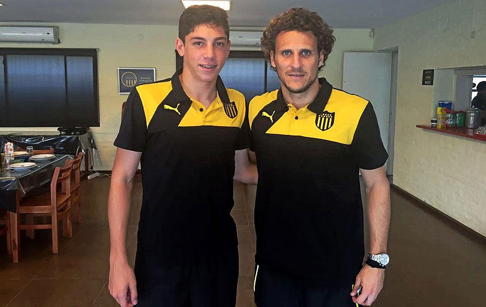 Valverde y Forlán posan para MARCA.