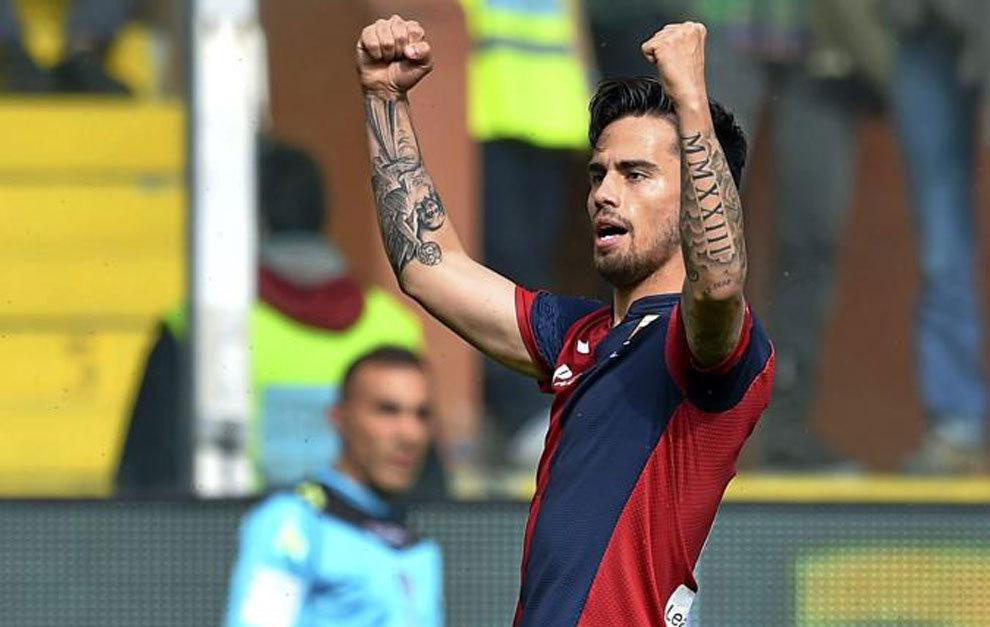 Suso celebra uno de sus tres goles al Frosinone.