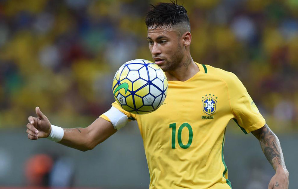 Neymar, durante un partido con la 'canarinha'.