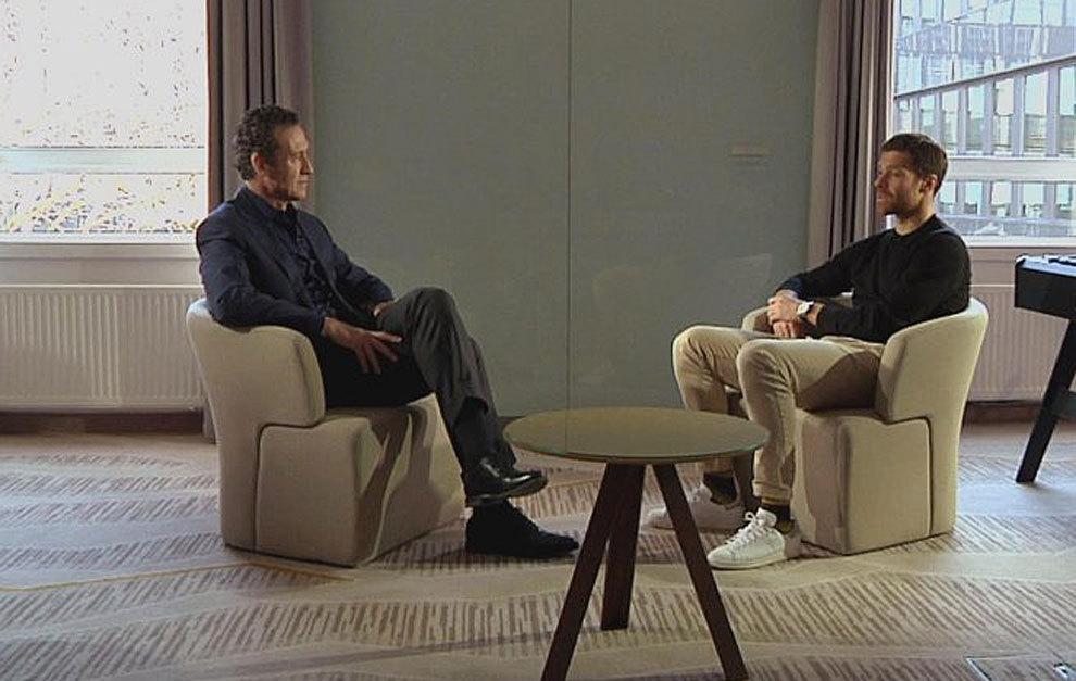 Jorge Valdano entrevista a Xabi Alonso