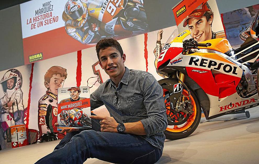Marc Márquez (23), con su cómic en la sede de Repsol en Madrid.