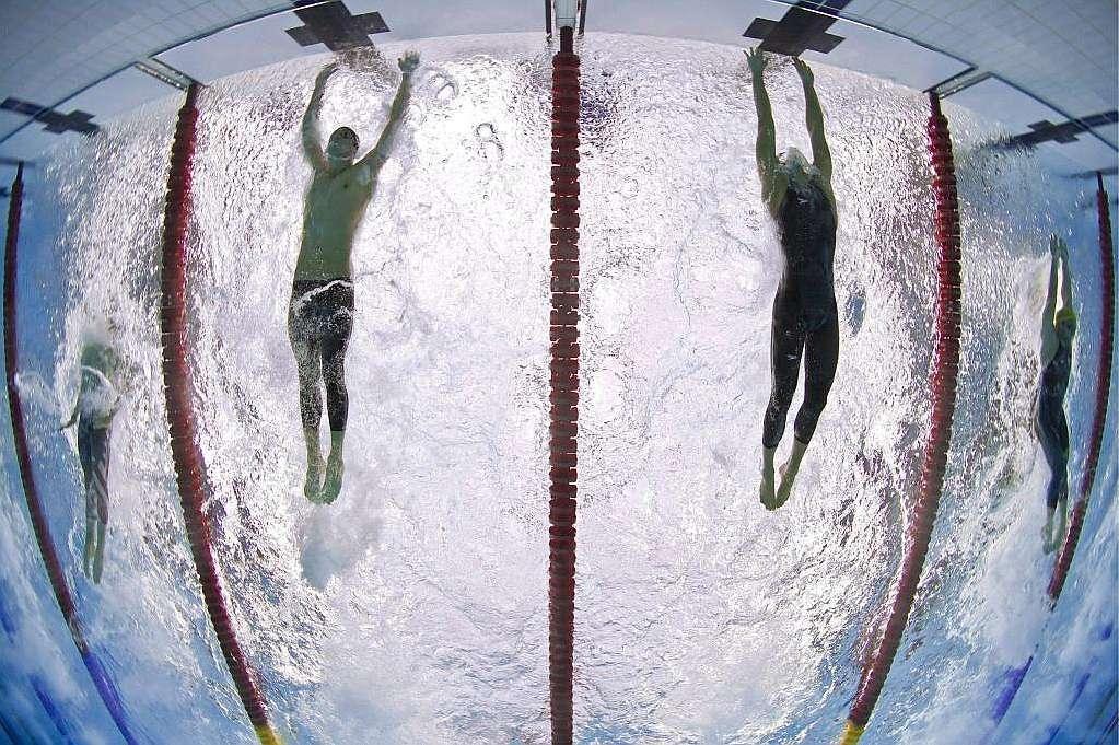 El apretado final con Cavic en la final de los 100m mariposa de Pekín