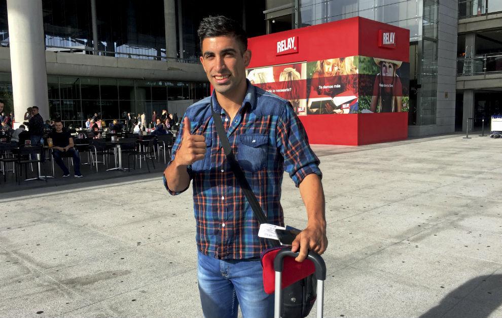 Michael Santos en el aeropuerto de Málaga cuando estuvo en la ciudad...