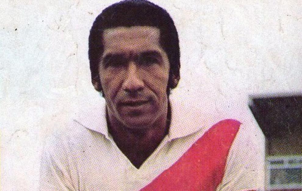 Julio Meléndez en su época de futbolista