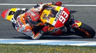 Marc Márquez, sobre su Honda, en Jerez este lunes