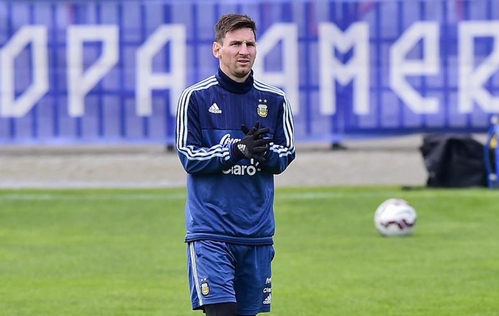 Messi en un entrenamiento con Argentina