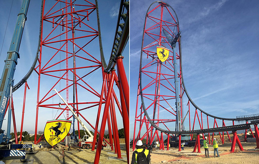 Imagen del momento de la colocación del escudo de Ferrari en el...