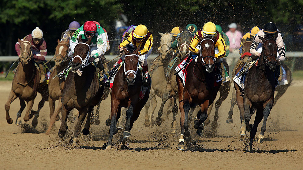 0d65c8aea2 Carrera del Kentucky Oaks disputada en Churchill Downs.