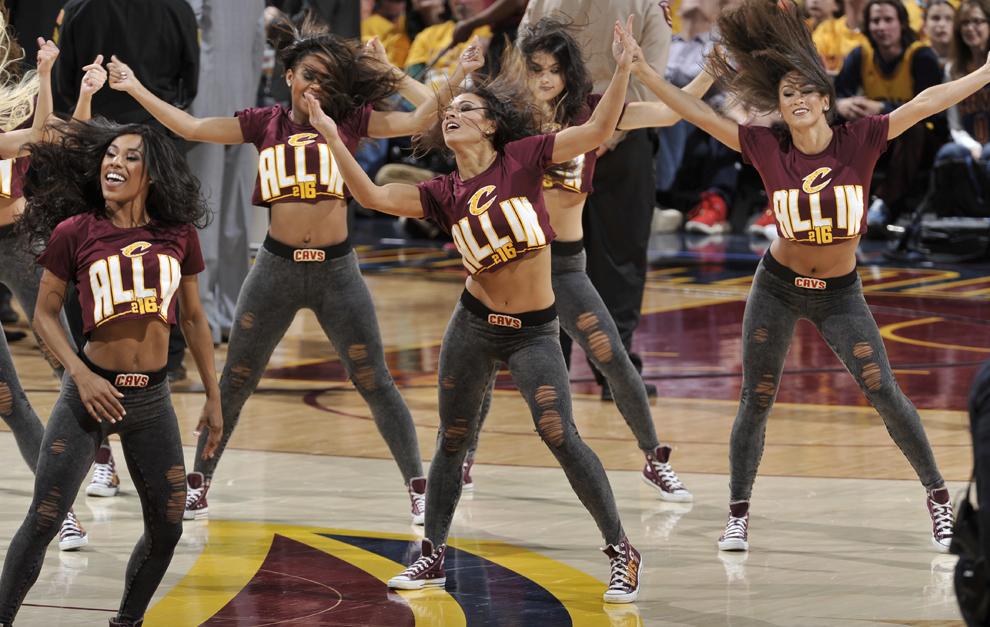 size 40 c543f 04983 Cleveland Cavaliers cheerleaders
