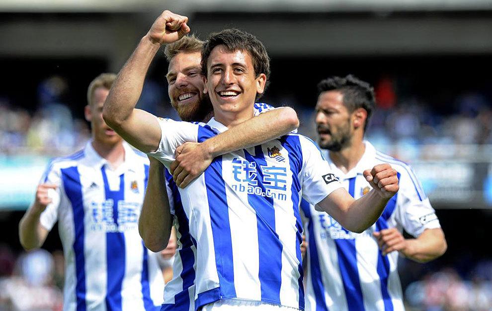 Oyarzabal celebra un gol frente al Rayo Vallecano.