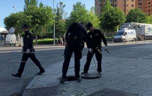 Los cuerpos de seguridad custodiaron el Vicente Calder�n.