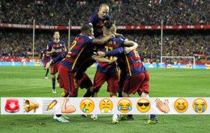 Los jugadores del Barcelona celebran el gol de Jordi Alba.